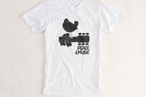 86 300x200 - As 18 camisetas icônicas de todos os tempos