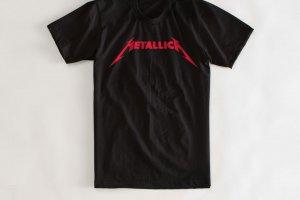 92 300x200 - As 18 camisetas icônicas de todos os tempos